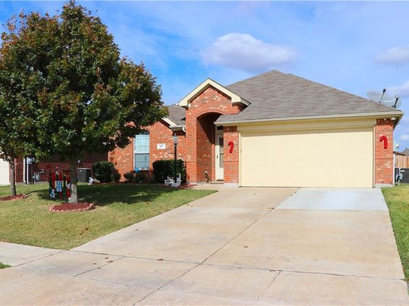 3 bed 2 bath Single Family at 217 Arabian Rd Waxahachie, TX, 75165 is for sale at 235k - 1 of 25