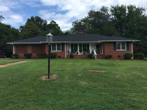 3 bed 2 bath Single Family at 3111 Longbow Dr Spartanburg, SC, 29302 is for sale at 119k - 1 of 22