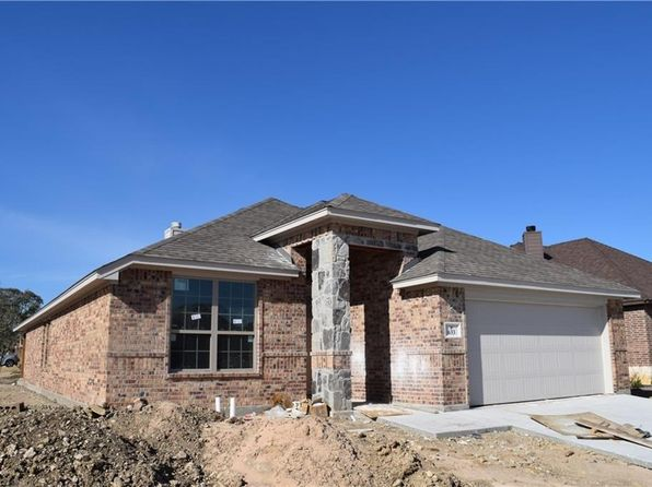 3 bed 2 bath Single Family at 633 Zachary Dr Weatherford, TX, 76087 is for sale at 257k - 1 of 9