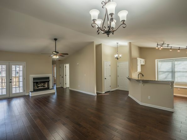 3 bed 2 bath Single Family at 2109 Wentworth Ct Wilmington, NC, 28403 is for sale at 230k - 1 of 24