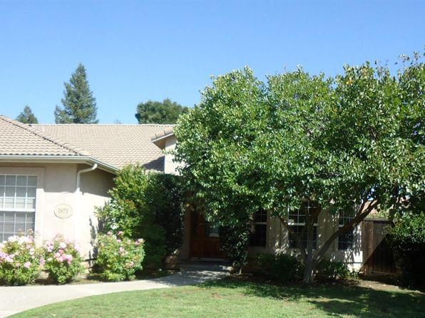 4 bed 2 bath Single Family at 1975 Klepper St Kingsburg, CA, 93631 is for sale at 470k - 1 of 33