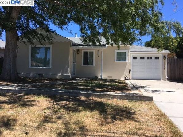 3 bed 1 bath Single Family at 37058 Spruce St Newark, CA, 94560 is for sale at 609k - 1 of 7