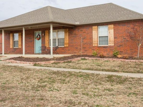 3 bed 2 bath Single Family at 2910 LOST BEACH XING VAN BUREN, AR, 72956 is for sale at 154k - 1 of 22