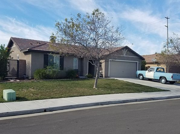 3 bed 2 bath Single Family at 14381 Serenade Dr Eastvale, CA, 92880 is for sale at 450k - 1 of 2