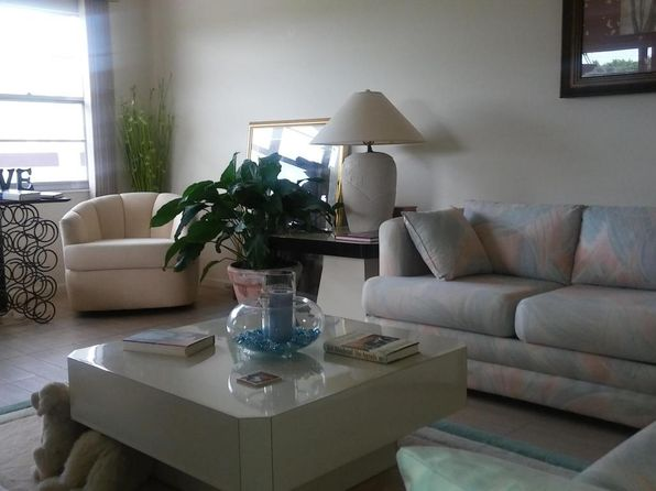 2 bed 1 bath Single Family at 406 Fanshaw J Boca Raton, FL, 33434 is for sale at 70k - 1 of 12