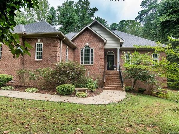 4 bed 5 bath Single Family at 110 LINDBERGH LN MOORESVILLE, NC, 28117 is for sale at 428k - 1 of 24