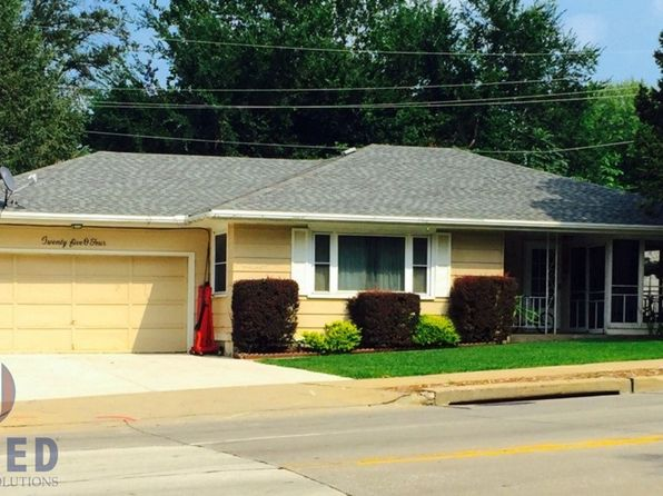 2 bed 1 bath Single Family at 2504 S Lakeport St Sioux City, IA, 51106 is for sale at 105k - google static map