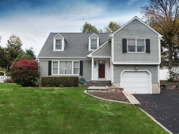 3 bed 3 bath Single Family at 17 Maple St Darien, CT, 06820 is for sale at 759k - 1 of 19