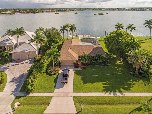 4 bed 3.5 bath Single Family at 1610 N COPELAND DR MARCO ISLAND, FL, 34145 is for sale at 2.30m - 1 of 8
