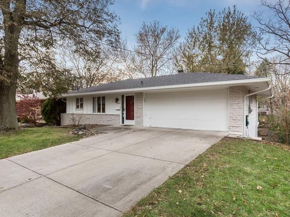 3 bed 2 bath Single Family at 4218 43rd St Des Moines, IA, 50310 is for sale at 178k - 1 of 25