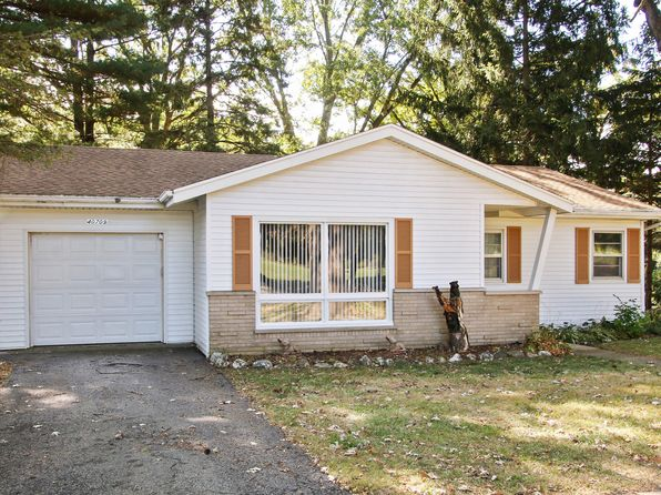 3 bed 1 bath Single Family at 40709 101st St Genoa City, WI, 53128 is for sale at 140k - 1 of 10