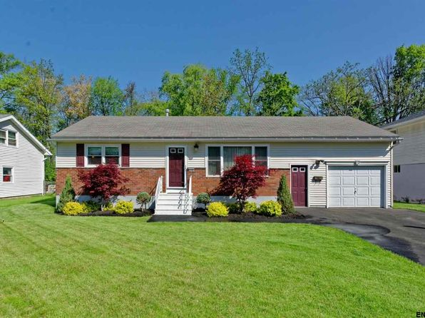 2 bed 1 bath Single Family at 2157 Robinwood Ave Schenectady, NY, 12306 is for sale at 179k - 1 of 38