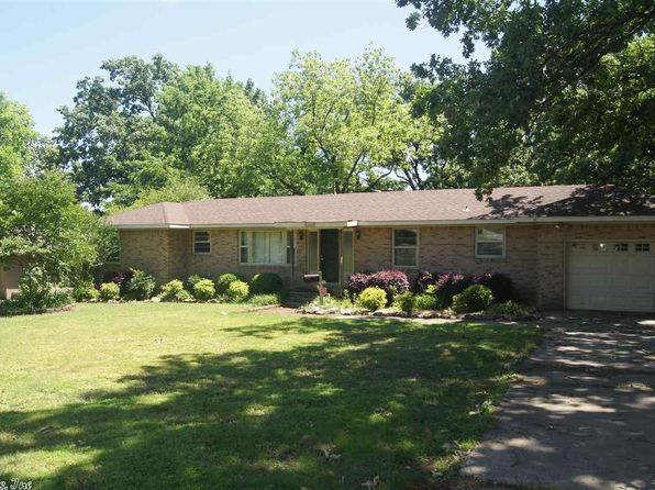 2 bed 2 bath Single Family at 7111 W Markham St Little Rock, AR, 72205 is for sale at 135k - 1 of 26
