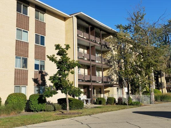 1 bed 1 bath Condo at 650 Murray Ln Des Plaines, IL, 60016 is for sale at 110k - 1 of 16