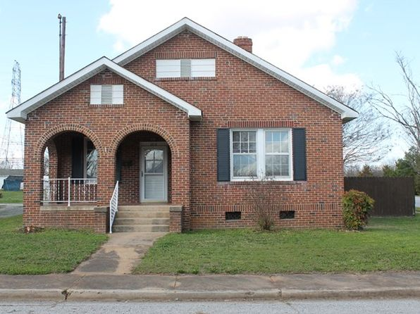 3 bed 1 bath Single Family at 100 Lyman Ave Greenwood, SC, 29646 is for sale at 64k - 1 of 14