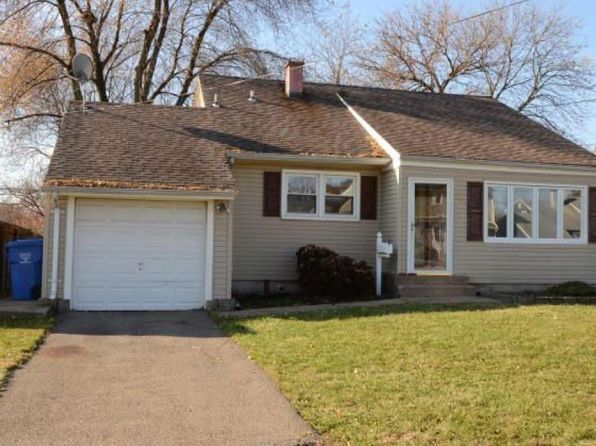 3 bed 2 bath Single Family at Undisclosed Address Colonia, NJ, 07067 is for sale at 250k - 1 of 17