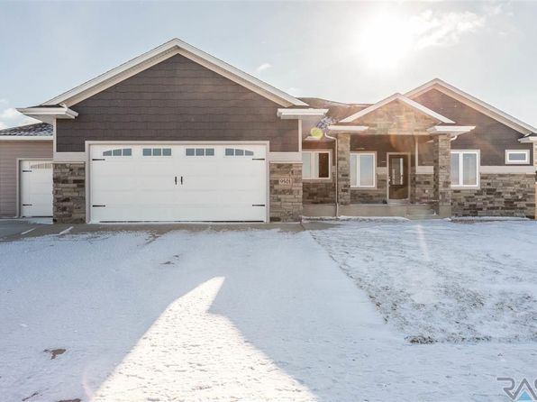 5 bed 4 bath Single Family at 9501 W Lakeside Cir Sioux Falls, SD, 57107 is for sale at 600k - 1 of 36