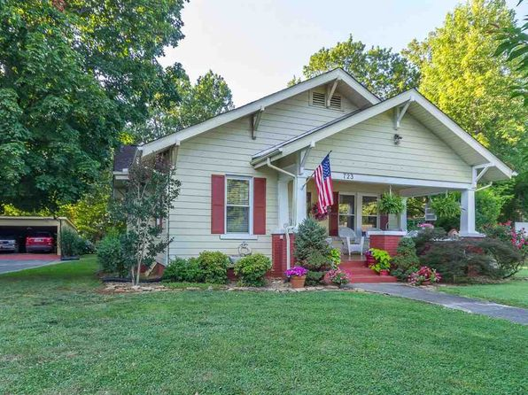 3 bed 2 bath Single Family at 723 E 2nd North St Morristown, TN, 37814 is for sale at 180k - 1 of 29