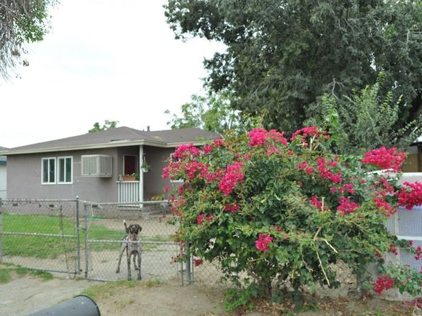 2 bed 1 bath Single Family at 8940 Maple Ave Fontana, CA, 92335 is for sale at 250k - 1 of 16