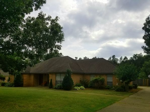 3 bed 2 bath Single Family at 1705 Greenbriar St Blytheville, AR, 72315 is for sale at 170k - 1 of 23