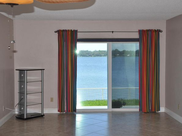 2 bed 2 bath Condo at 2901 N Halifax Ave Daytona Beach, FL, 32118 is for sale at 170k - 1 of 8