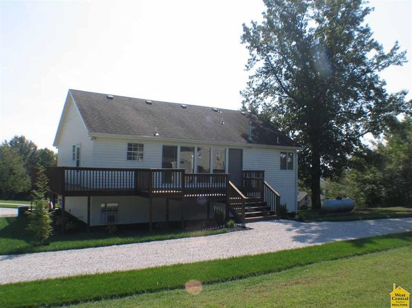 3 bed 3 bath Single Family at 26577 Sweetberry Dr Warsaw, MO, 65355 is for sale at 177k - 1 of 27