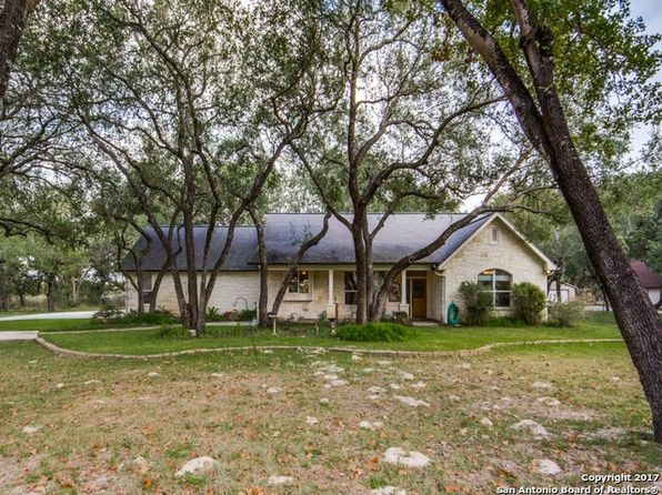 2 bed 2 bath Single Family at 121 Southwood Oaks Dr Floresville, TX, 78114 is for sale at 270k - 1 of 25