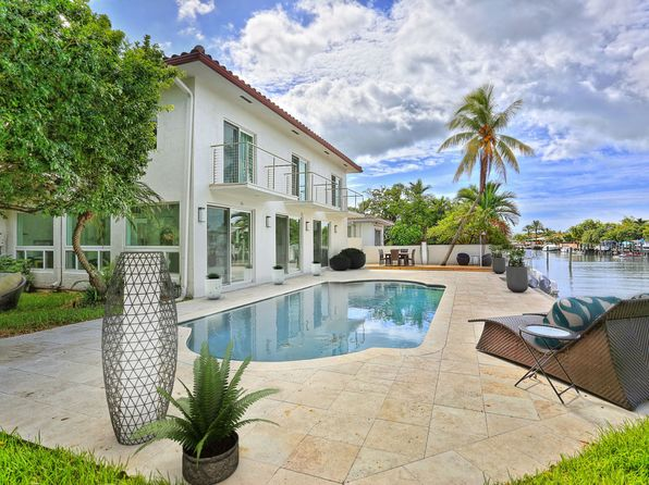 5 bed 4 bath Single Family at 1810 NE 118th Rd North Miami, FL, 33181 is for sale at 1.73m - 1 of 30