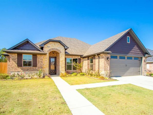 3 bed 3 bath Single Family at 133 Germantown Cir Hallsville, TX, 75650 is for sale at 279k - 1 of 25