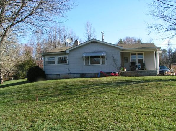 3 bed 2 bath Single Family at 44 Jennings Dr Franklin, NC, 28734 is for sale at 150k - 1 of 26