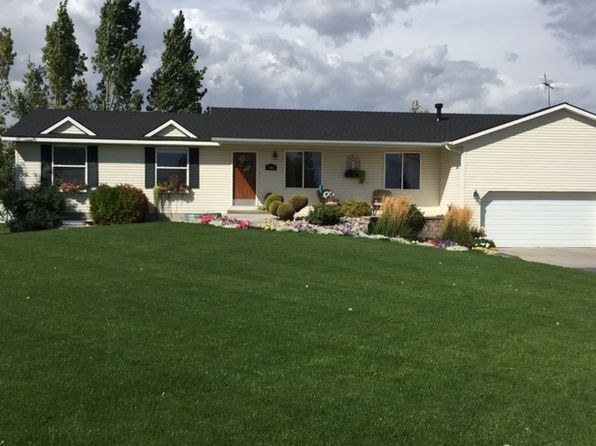 6 bed 3 bath Single Family at 646 Willow Brook Cir Rexburg, ID, 83440 is for sale at 339k - 1 of 37