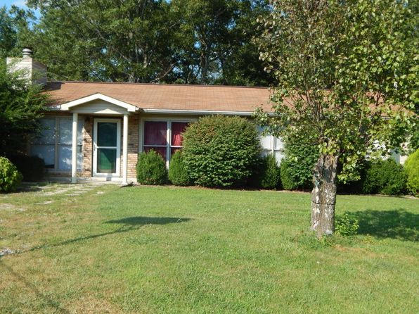 3 bed 2 bath Single Family at 30 Foxwood Dr Crossville, TN, 38571 is for sale at 85k - 1 of 38