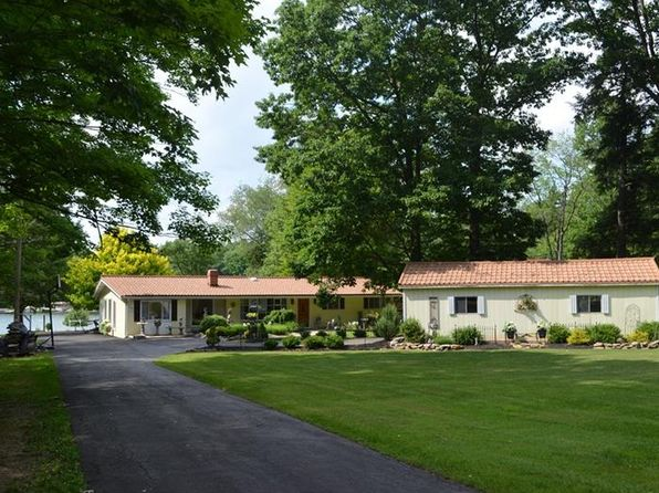 5 bed 2 bath Single Family at 797 Peninsula Dr Central City, PA, 15926 is for sale at 465k - 1 of 25