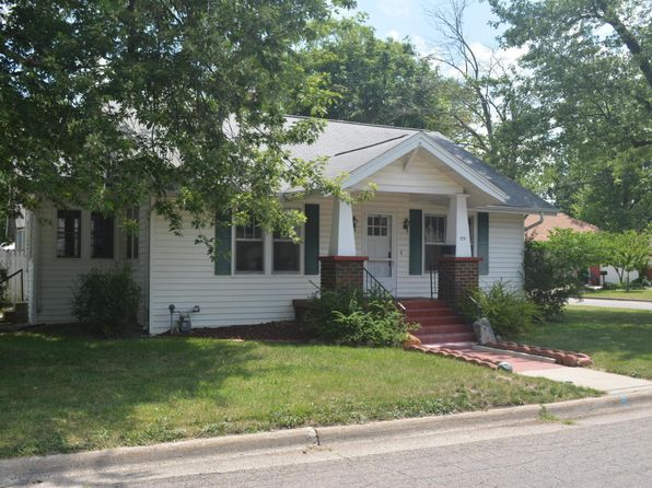 3 bed 1 bath Single Family at 23 Beckman Ave S Battle Creek, MI, 49015 is for sale at 75k - 1 of 19
