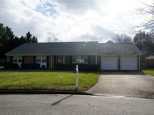 4 bed 2 bath Single Family at 5005 Meadow Pines Pl Virginia Beach, VA, 23464 is for sale at 300k - 1 of 25