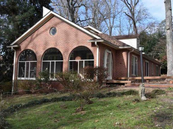 3 bed 2 bath Single Family at 102 DOGWOOD DR CLEMSON, SC, 29631 is for sale at 375k - 1 of 29