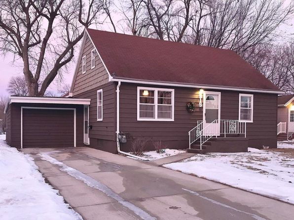 3 bed 2 bath Single Family at 915 N 12th St Estherville, IA, 51334 is for sale at 91k - 1 of 31