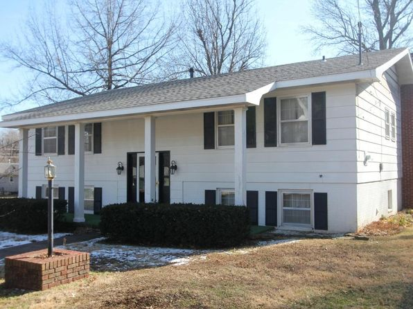 4 bed 3 bath Single Family at 2530 E Cherokee St Springfield, MO, 65804 is for sale at 150k - 1 of 17