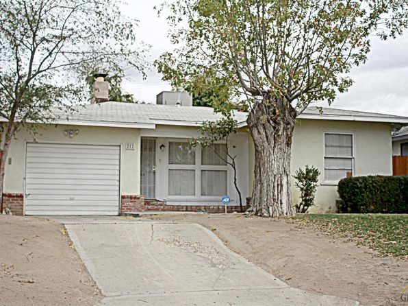 2 bed 1 bath Single Family at 212 S Myrtle St Bakersfield, CA, 93304 is for sale at 120k - 1 of 11