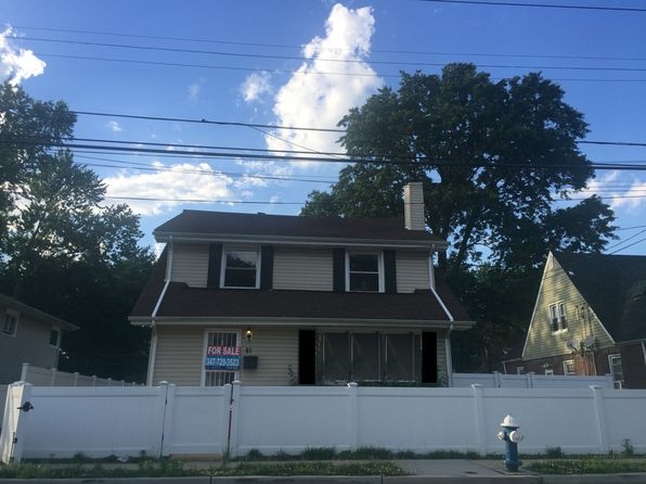 4 bed 2 bath Single Family at 81 Wellington St Hempstead, NY, 11550 is for sale at 399k - 1 of 26