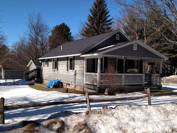 2 bed 1 bath Single Family at 1785 East Ave Marquette, MI, 49855 is for sale at 140k - 1 of 17