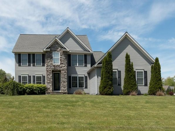 4 bed 3 bath Single Family at 10925 Quail Hollow Dr Concord Twp, OH, 44077 is for sale at 419k - 1 of 35