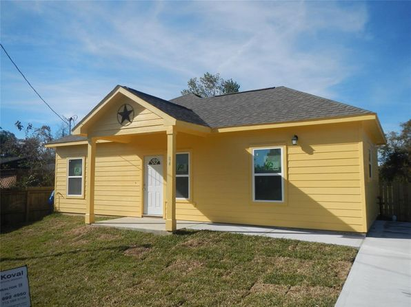 3 bed 2 bath Single Family at 229 Robertson St Texas City, TX, 77591 is for sale at 170k - 1 of 3