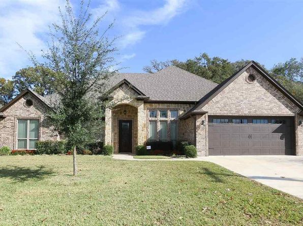 4 bed 2 bath Single Family at 3850 Lamb Dr Tyler, TX, 75709 is for sale at 275k - 1 of 27