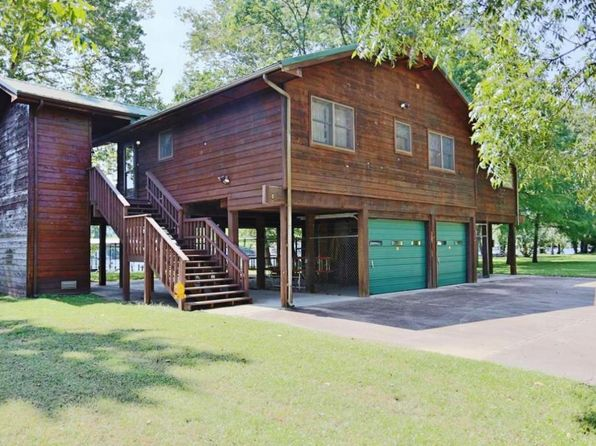 3 bed 2 bath Single Family at 816 Sunset Rd Branson, MO, 65616 is for sale at 340k - 1 of 26