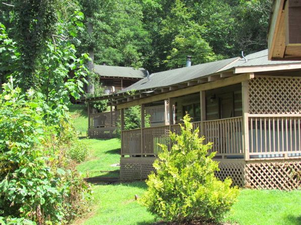 2 bed 1 bath Single Family at 95 Log Cabin Hl Bryson City, NC, 28713 is for sale at 436k - 1 of 39