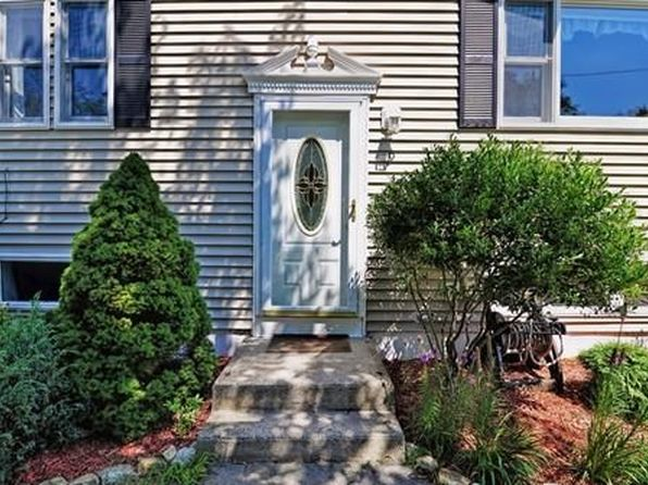 3 bed 1 bath Single Family at 9 Gorwin Dr Medway, MA, 02053 is for sale at 350k - 1 of 30