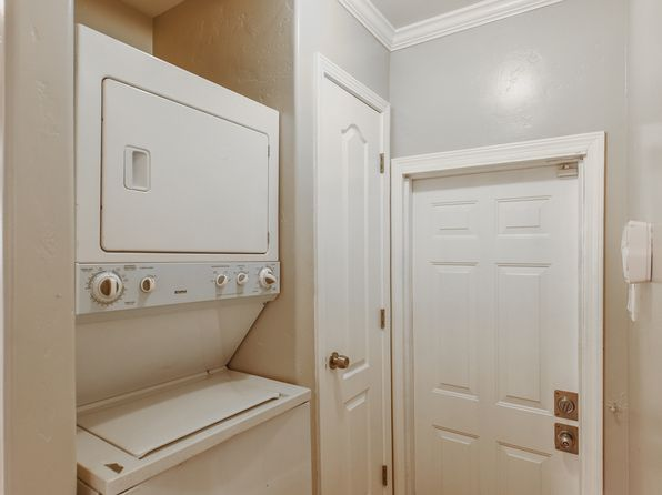null bed null bath Multi Family at 5926 Bromley Ave Oakland, CA, 94621 is for sale at 430k - 1 of 5