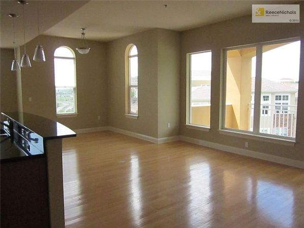2 bed 2 bath Condo at 3810 N Mulberry Dr Kansas City, MO, 64116 is for sale at 310k - 1 of 23
