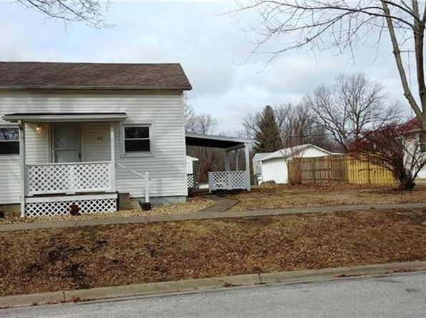 3 bed 1 bath Single Family at 271 Fairfax St Carlyle, IL, 62231 is for sale at 75k - 1 of 19